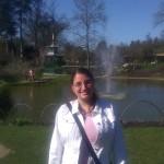 Noeleene in the Chinese water garden